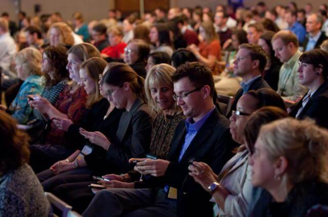 15 Ways to Start a Conversation At A Conference (Without Feeling Weird)